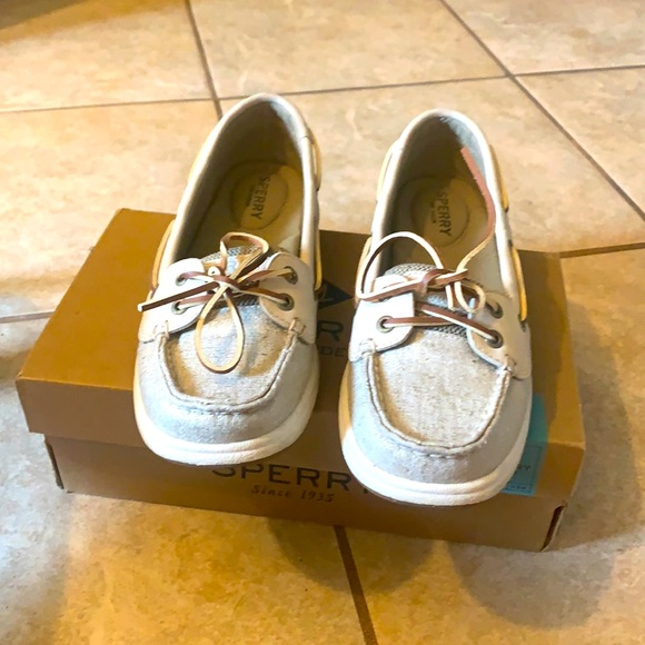 Sperry Laguina natural shoes.